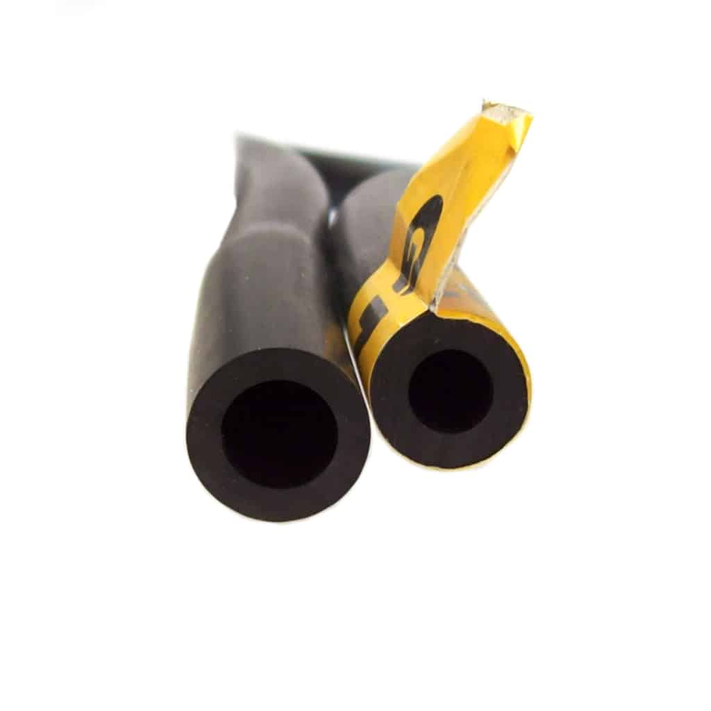 12A1735, hose end close-up